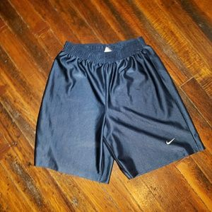 SALE 7 FOR $20 Nike Athletic Youth Shorts size